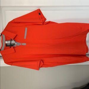 NWT Men's Oakley Golf Shirt